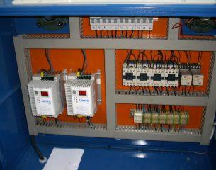 D:DCIM102DICAMDSCI2132.JPG
